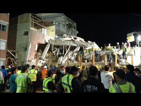Rescue Workers Search For Survivors At Mexican School After Earthquake | Los Angeles Times