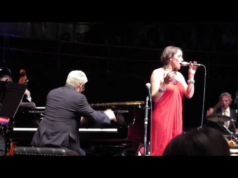 Pink Martini - Hang On Little Tomato (Royal Albert Hall, 29/04/2013)