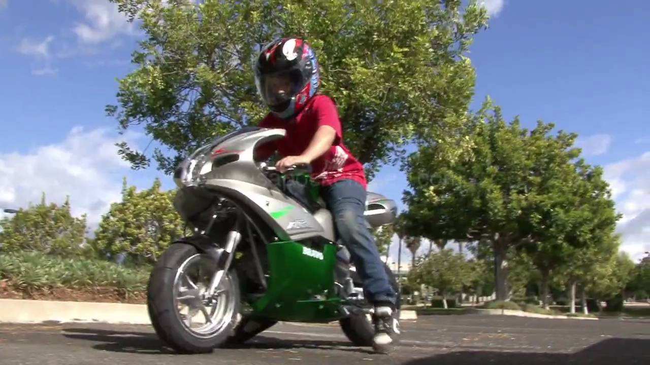 Pocketbike, Mini Bike, Minibike - R32 110cc Superbike - YouTube