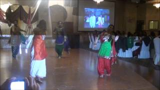 Paa Boli Sohneyaa Ve, Punjabi girls Dance