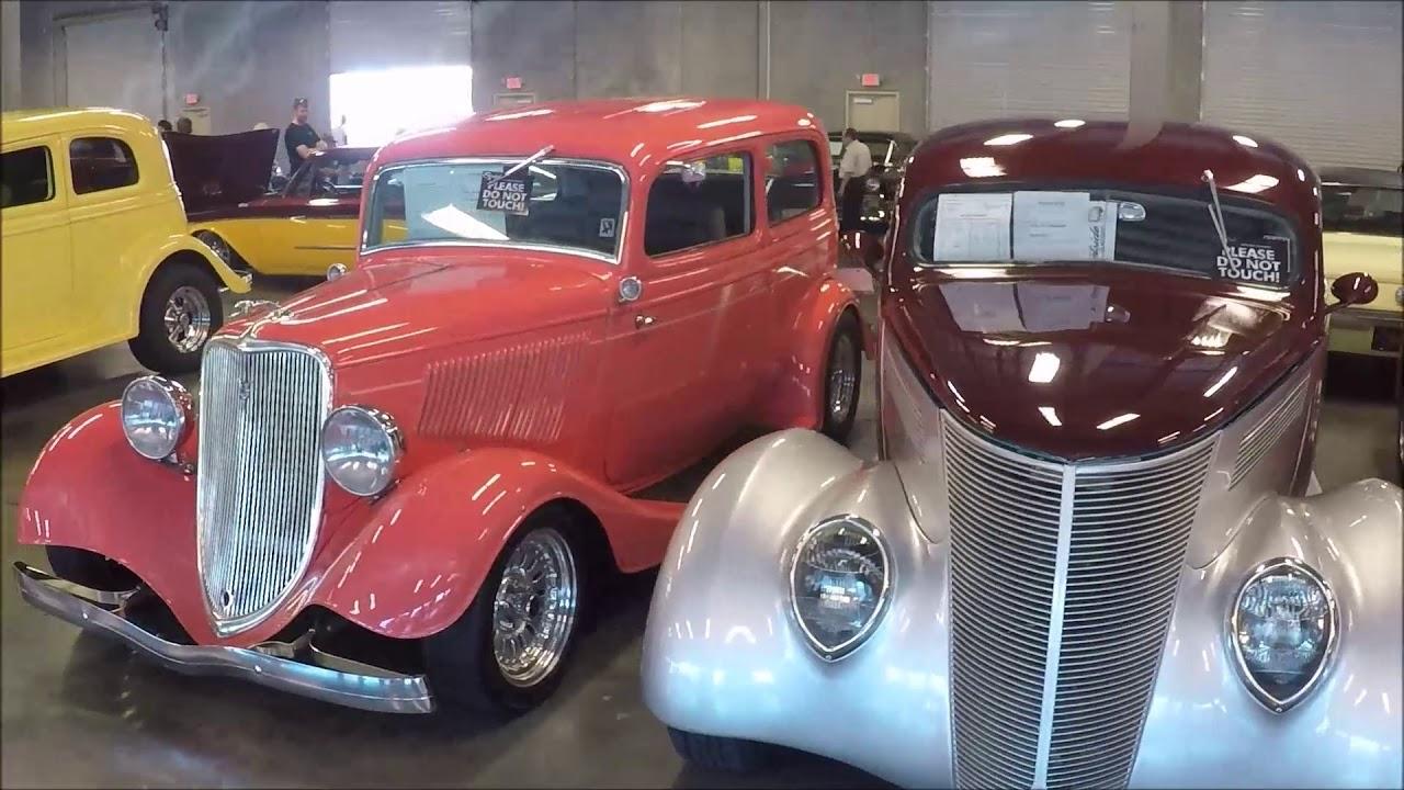 Streetside Classics Car Show 12-2-2017 - YouTube
