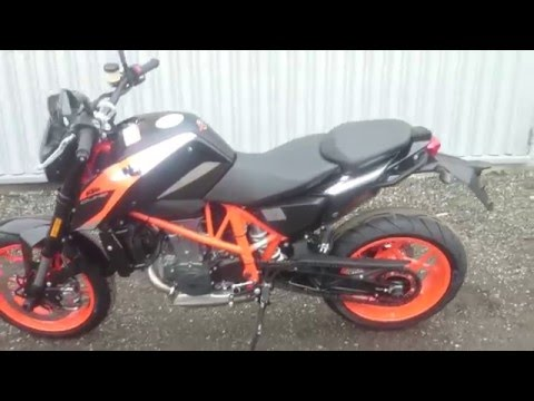 KTM 690 DUKE-R 2016 First startup and walkaround
