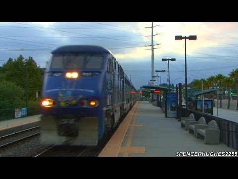 HIGH SPEED Amtrak Surfliners fly through Sorrento Valley (July 5th, 2012)