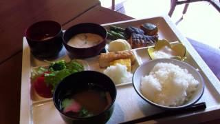 和泉屋5月25日新緑に癒される贅沢な「朝食」。