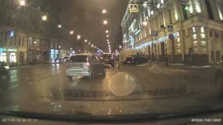 Притер и свалил ДТП 18.01.2017 время 18-30 литейный проспект 28