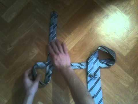 Nœud de cravate en 10 secondes chrono - Faire sa cravate