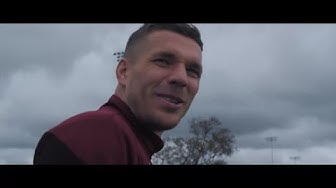 Poldi goes LA - Das Leben in Kobe (Lukas Podolski Dokumentation Teil 1/3)