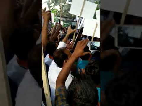 Cable Operators protesting in front of Star India Office at Mumbai