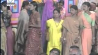 Ekvar Piyu Ne Madva Aavjo - Halo Vikram Thakorna Garbama - Gujarati Garba Songs