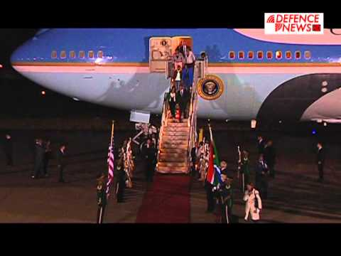 US PRESIDENT OBAMA ARRIVES IN SOUTH AFRICA