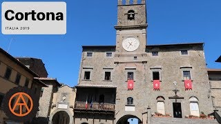 Walking in Cortona, Italy