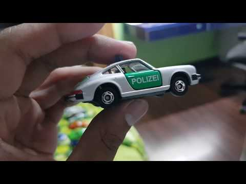 Porsche 911S Polizei Tomica Review