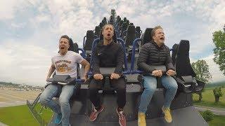 EKSTREMALNE WYWIADY - Michał Szczygieł próbuje śpiewać na rollercoasterze