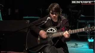 "Kaki King ""The Betrayer"" || Knust Acoustics"
