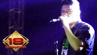 Video Five Minutes - Galau (Live Konser Lampung Timur 11 Mei 2013) download MP3, 3GP, MP4, WEBM, AVI, FLV Oktober 2017