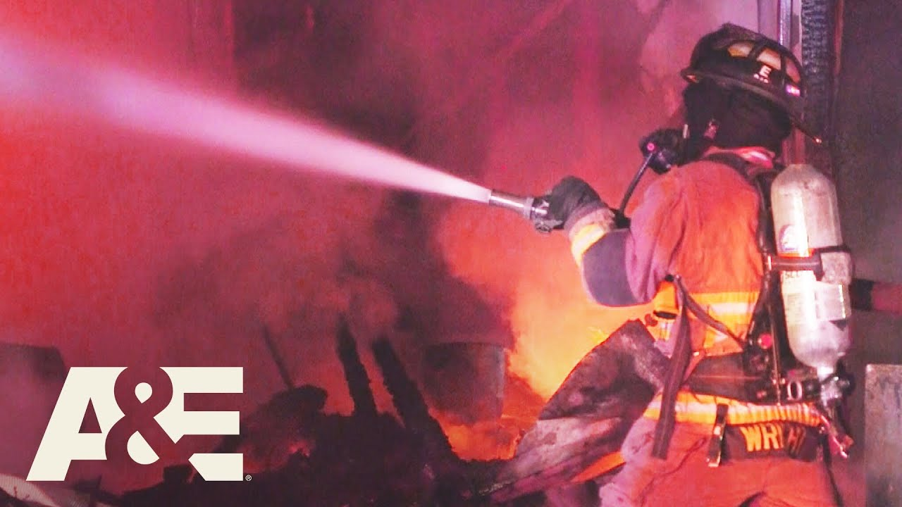 Download Live Rescue: Firefighters Respond to Explosive House Fire (Season 2)   A&E
