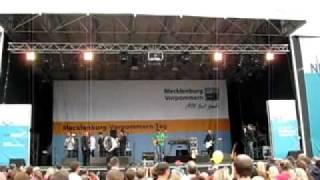 """Keimzeit Ende des Konzerts in Schwerin """"Tour 2010 Land in Sicht"""""""