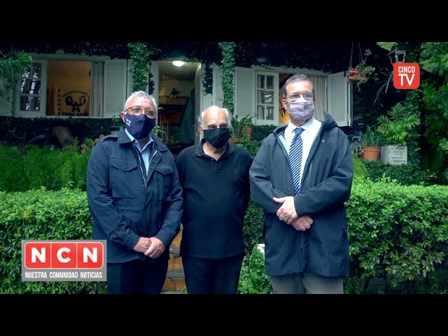 CINCO TV - Julio Zamora y Tristán Bauer visitaron la casa donde vivió Rodolfo Walsh
