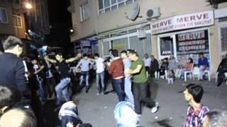 Turk Toyunda Azeri Telebelerinin Reqsi  Balikesir .avi
