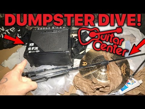 DUMPSTER DIVING GUITAR CENTER!🎵 FOUND FREE AUDIO EQUIPMENT!🎵
