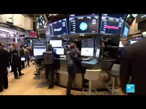 Global markets plunge: investors take fright over higher US interest rates