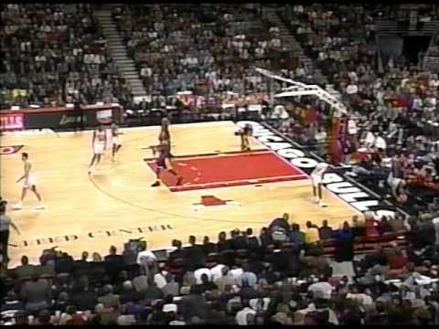 Lakers vs. Bulls, 1997 (4th qtr comeback)