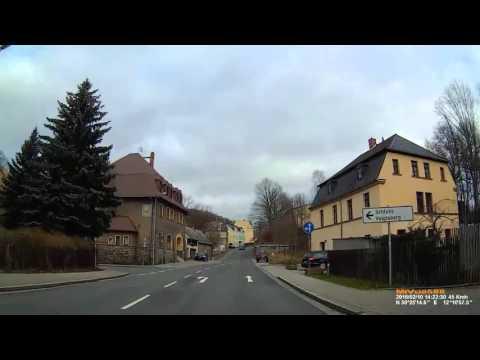 D: Große Kreisstadt Oelsnitz/Vogtl.. Vogtlandkreis. Fahrt durch die Stadt. Februar 2016