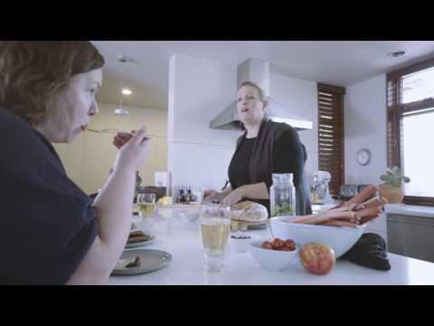 Julie Van Rosendaal www.dinnerwithjulie.com #MySportingLife (30 sec.)