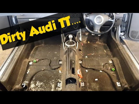 Cleaning a really dirty Audi car