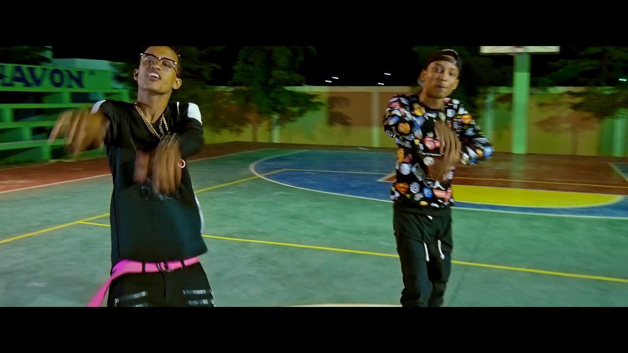 Black Star Ft. Giga Retro - Quiero Una Mala ( Video Official )