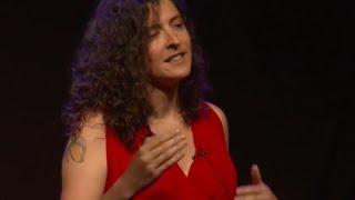 La suerte y los jugos verdes, Luck and the green juices | Blanca VALDES | TEDxElArrayán