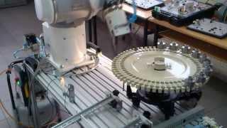 Servo-Döner Tabla- Robot -  PLC Otomasyonu TOSHIBA TV800, Entek Otomasyon