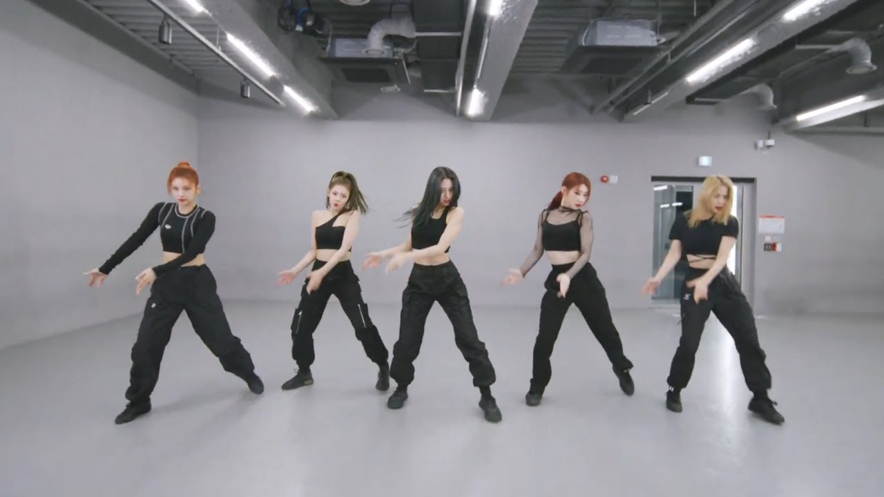 [MIRRORED] ITZY - Mafia In the morning Dance Practice