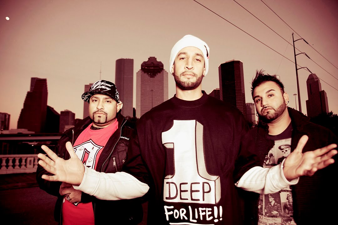 Late Deep Cold: Dekhlo Punjabi Mundey feat  Mamta Sharma & Sargam