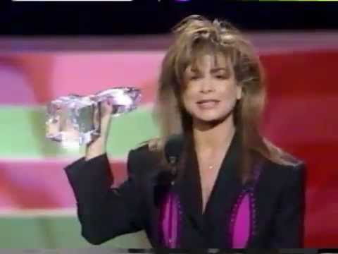 Paula Abdul wins Favorite Female Musical Performer at 16th Annual People's Choice Award