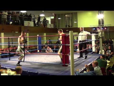 Jon Scott vs Gary Bodger - Berkeley Boxing