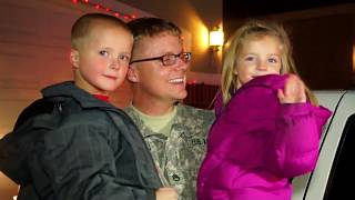 American Soldier receives Police Escort to surprise kids in time for Christmas