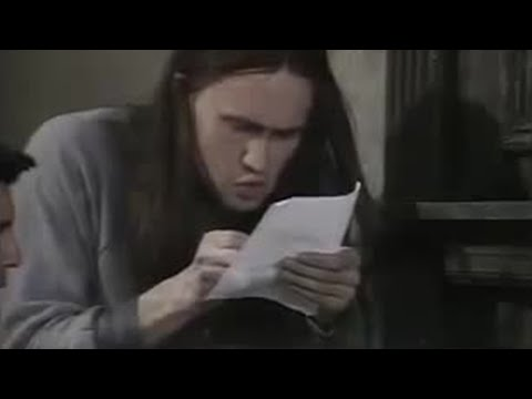Letter to the bank manager - The Young Ones - BBC comedy