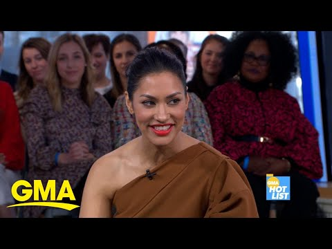 Janina Gavankar Says Ben Affleck Helped Her Sign Up for Dating App from YouTube · Duration:  1 minutes 51 seconds