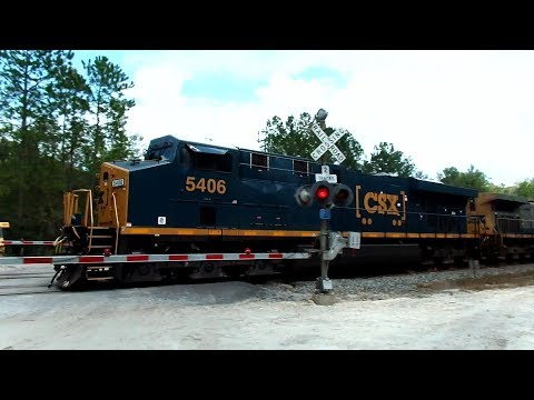 Thumbnail: CSX Auto Rack Train Carrying 660 Autos
