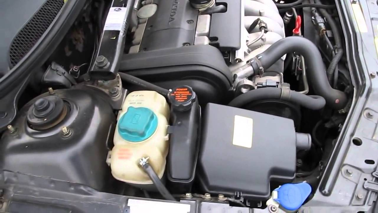 Volvo V70 2001 B5244S2 5 cylinder engine under the hood running idle - YouTube