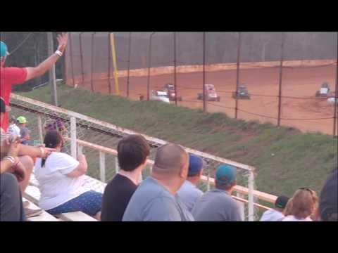 03-24-18  105 Speedway Heat Race