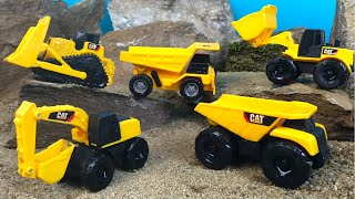 MIGHTY MACHINES GET A CAR WASH AT RAMONE'S - CAT CONSTRUCTION TOYS AT JOBSITE SAND AND WATER PLAY