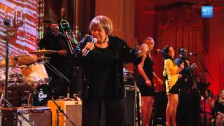 "Mavis Staples Performs ""I"