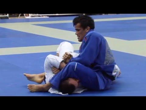 "Rubens ""Cobrinha"" Charles VS Renan Borges / Pan Championship 2009"