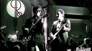 "Roy Orbison and Friends - ""Dream Baby"" - from ""Black and White Night"""