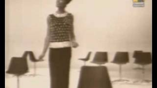 Dionne Warwick - Walk On By (Stereo)