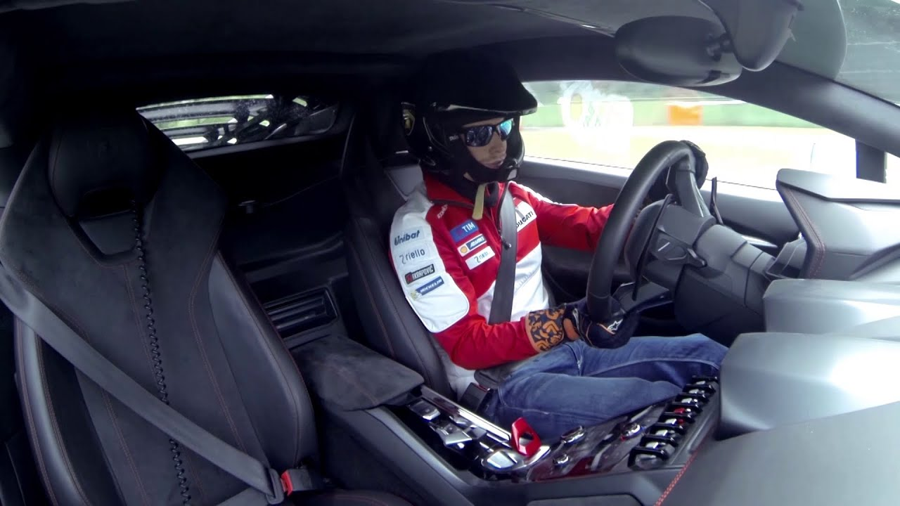 Lamborghini Accademia: on track with Casey Stoner