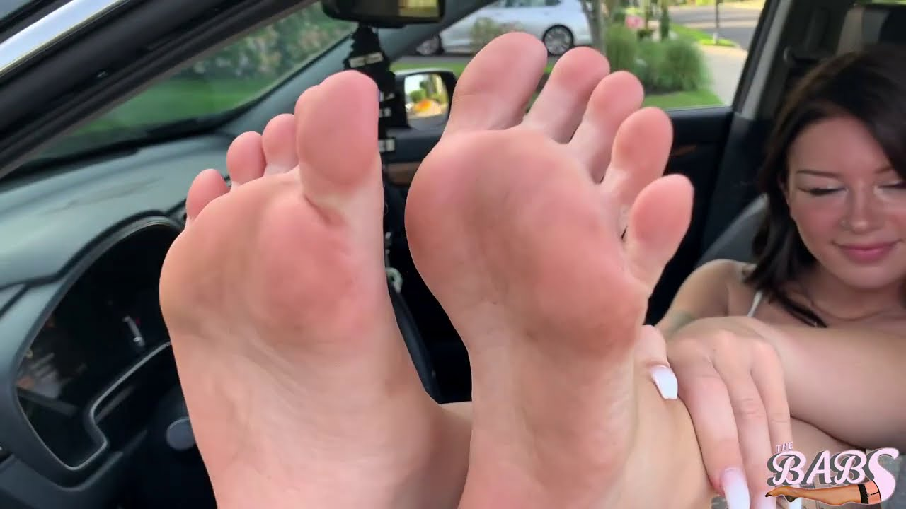 Emmy's Blue Toes Up On The Dash!