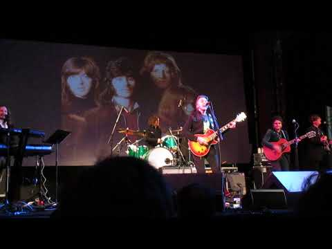 Badfinger featuring Joey Molland - Baby Blue